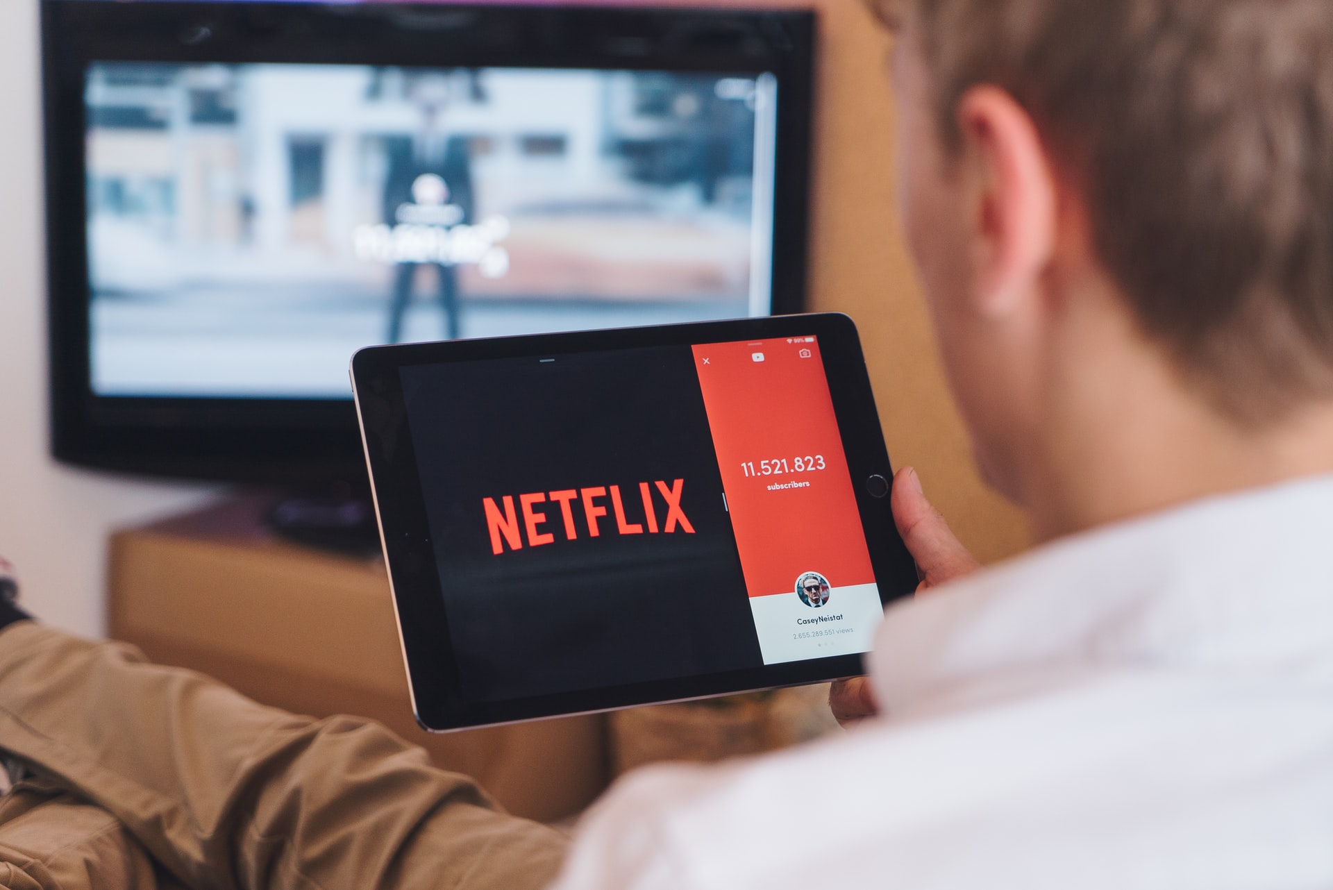 Filmy Netflix – co aktualnie warto obejrzeć na platformie?