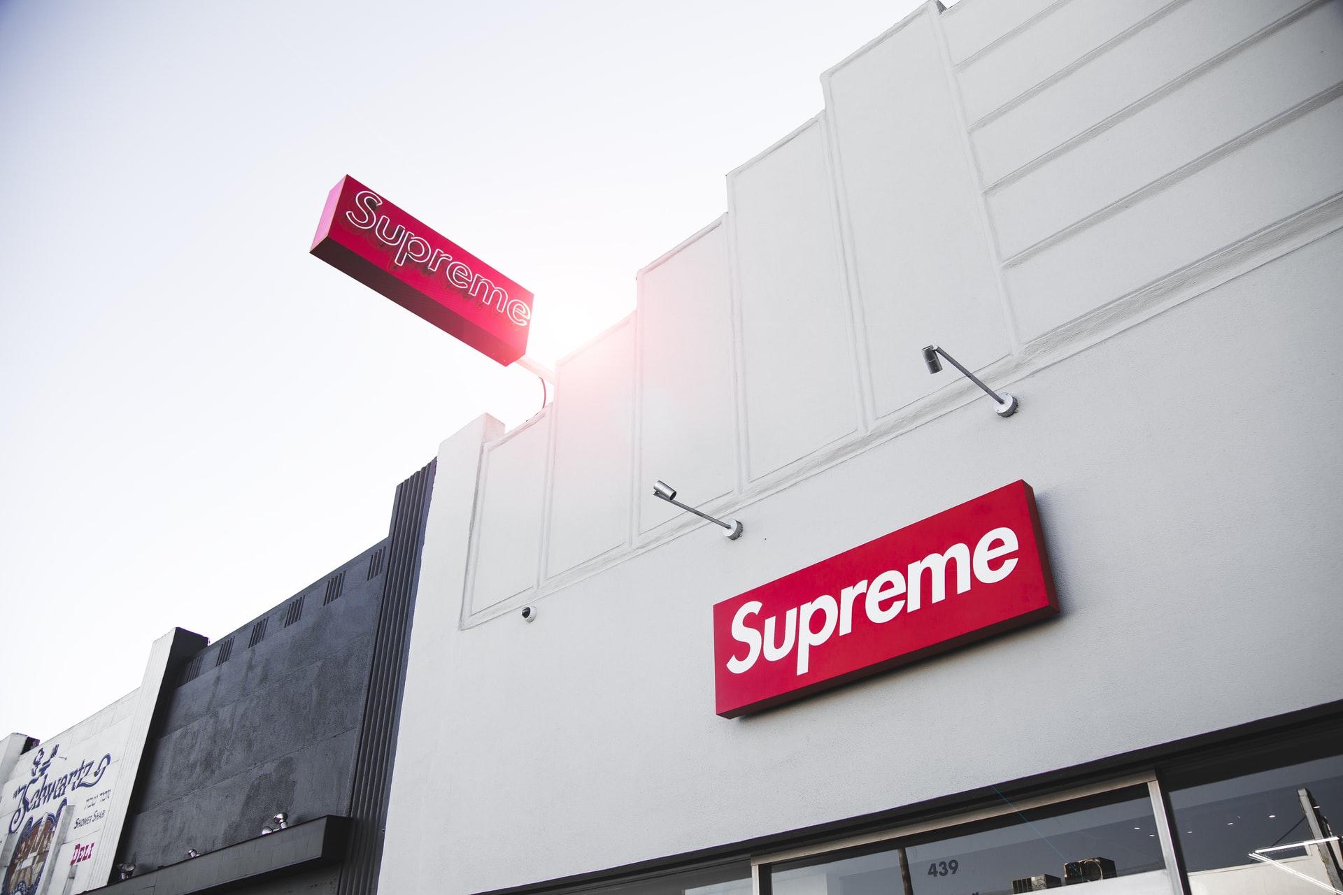Marka Supreme – dlaczego okazała się tak popularna?