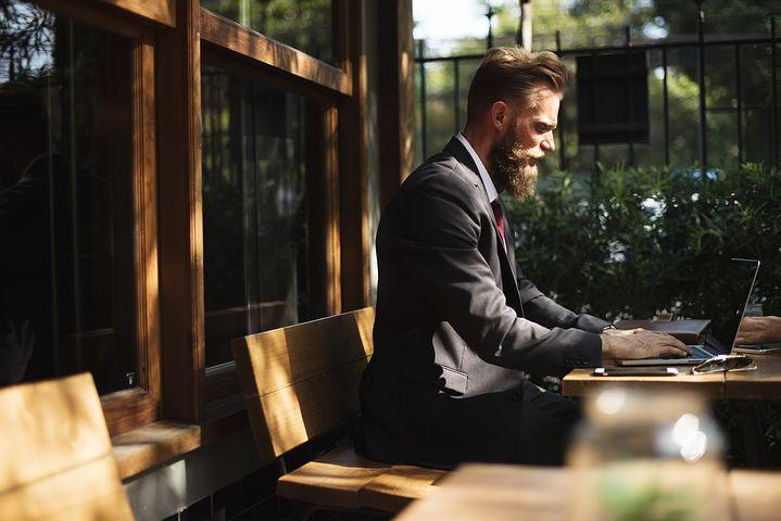 Obsługa kampanii reklamowej – jak znaleźć profesjonalną firmę?